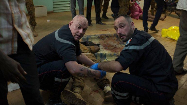 Las autoridades francesas atendieron a los heridos