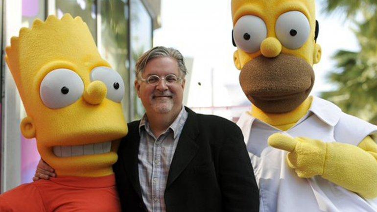 Matt Groening junto a sus personajes más famosos
