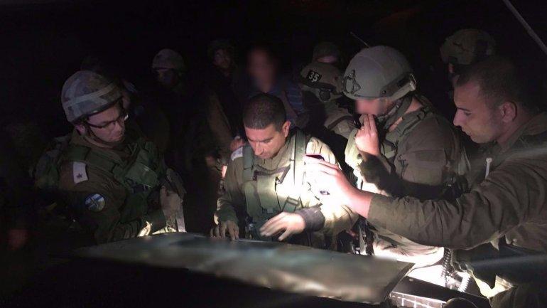 El ejército israelí busca por aire y tierra al terrorista palestino