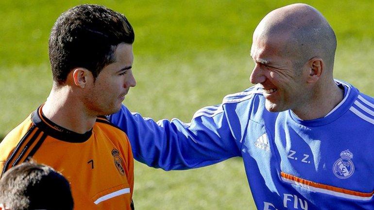 Cristiano Ronaldo y Zinedine Zidane juntos en una práctica del Real Madrid