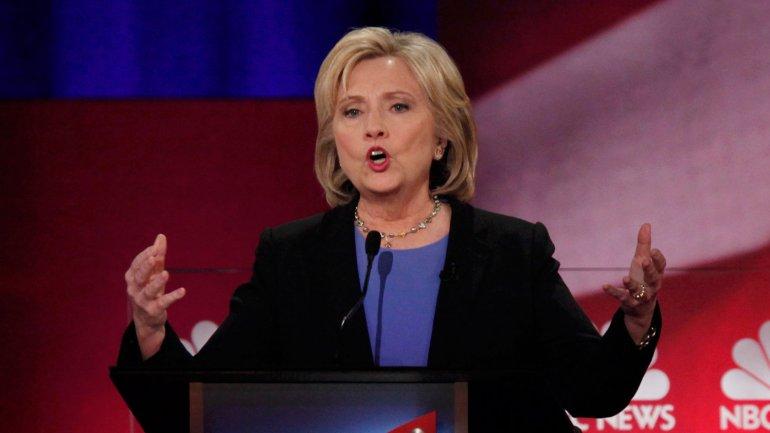Hillary Clinton encabeza los sondeos en el Partido Demócrata
