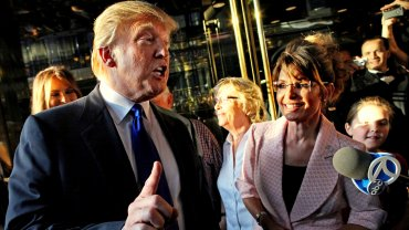 Donald Trump junto a Sarah Palin, referente del Tea Party