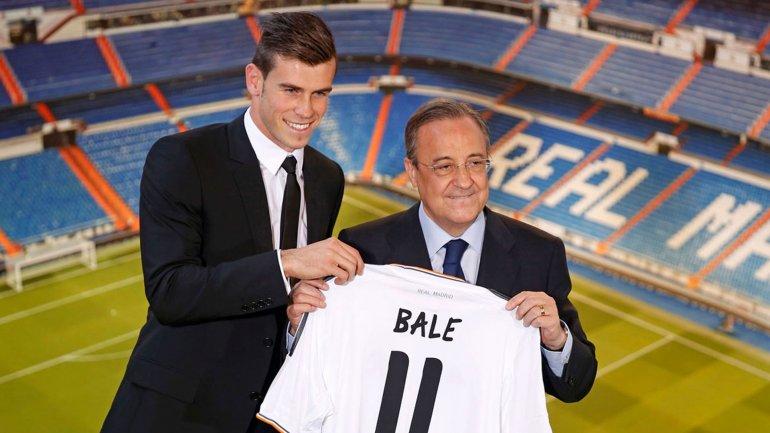 La presentación de Gareth Bale junto a Florentino Pérez en 2013