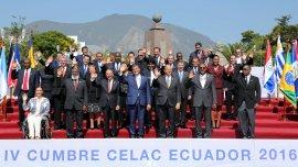 La foto oficial de la IV Cumbre del Celac en Ecuador