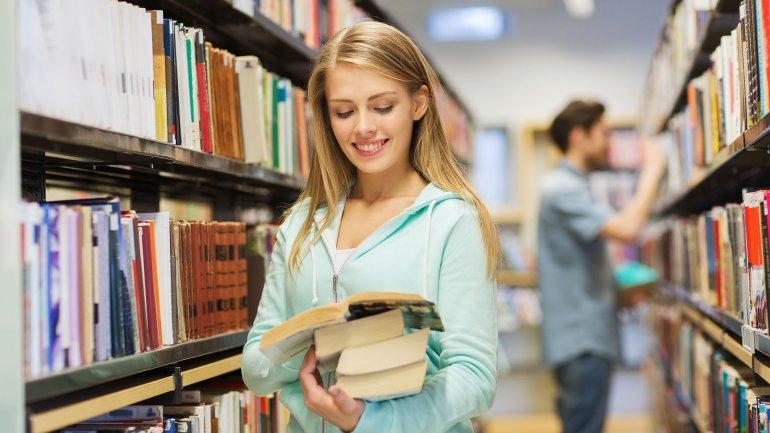 La Universidad de Roma III entrevistó a 1.100 personas en su estudio sobre la lectura y la felicidad