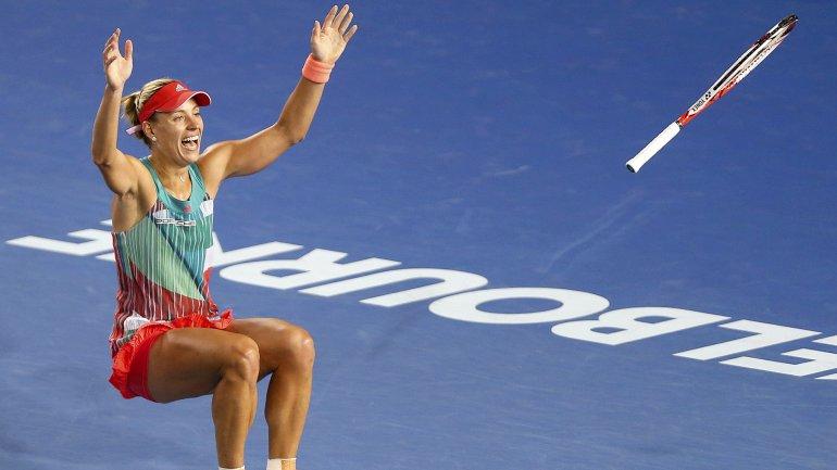 Angelique Kerber celebra su triunfo sobre Serena Williams y la obtención del Abierto de Australia
