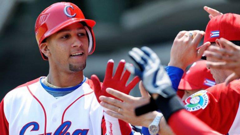 Yulieski Gourriel, de31años, es uno de los jugadores cubanosmás codiciadospor lasGrandes Ligas de Béisbol.