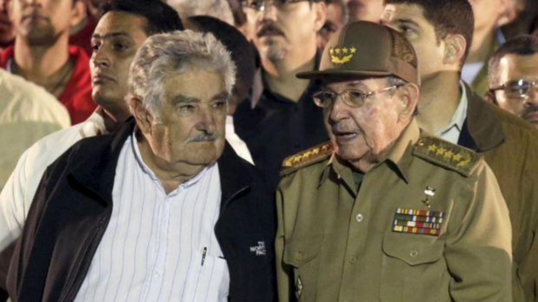 José Mujica aseguró que Raúl Castro ya tomó la decisión de dejar la presidencia de Cuba