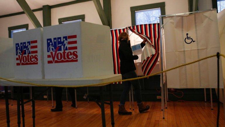 Donald Trump y Bernie Sanders vencieron en las elecciones primarias realizadas en New Hampshire