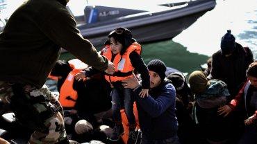 El barco búlgaro Obzor rescató a 900 inmigrantes en el Mediterráneo