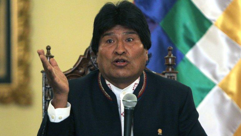 Evo Morales planea controlar las redes sociales