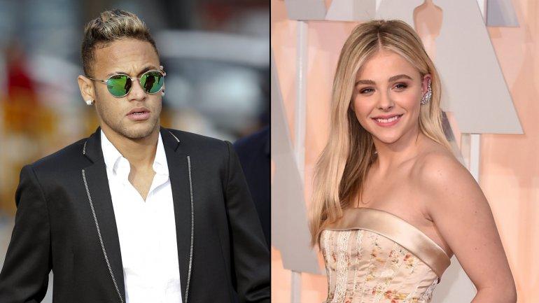 Neymar y Chloe Moretz compartieron una noche con amigos en París