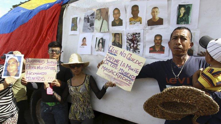 Los familiares de las víctimas exigen justicia