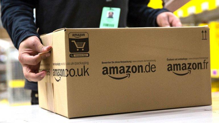 Amazon logró igualar la brecha de pago entre hombres y mujeres.