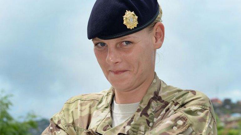 Hannah Heslop, la soldado que atacó sexualmente a su compañera