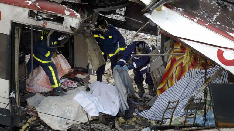 Los yihadistas hicieron explotar cuatro trenes