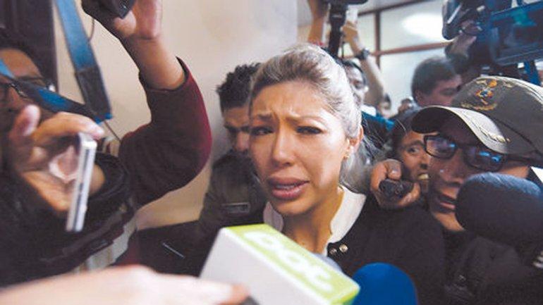 Gabriela Zapata ingresa a declarar ante un juez de menores