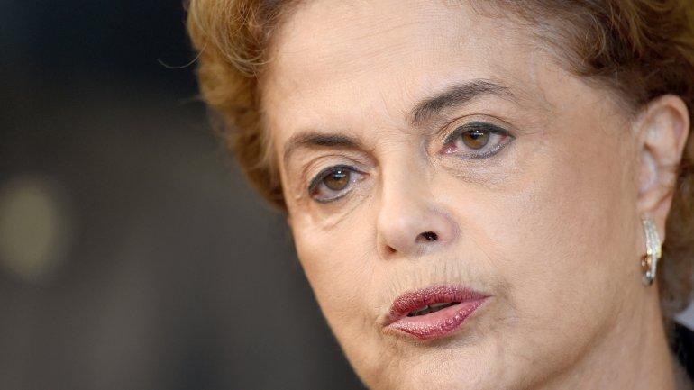 Dilma Rousseff atraviesa una situación complicada y podría ser removida de su cargo