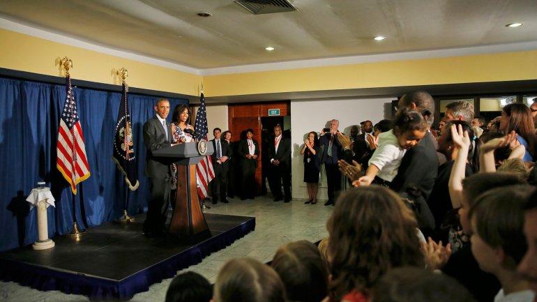 Barack Obama mantuvo un encuentro con personal de la embajada de Estados Unidos en Cuba