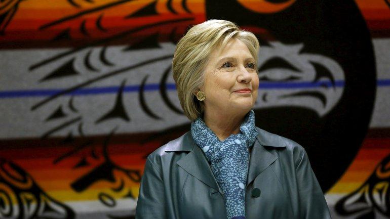 Hillary Clinton lidera la interna demócrata