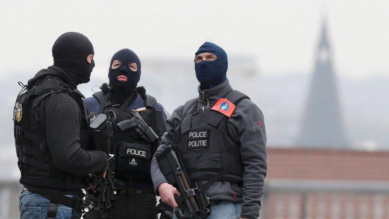 Bélgica desconocía los vínculos de uno de los kamikazes del atentado en el aeropuerto de Bruselas con el terrorismo cuando fue reenviadopor Turquíaa la fronterasiria