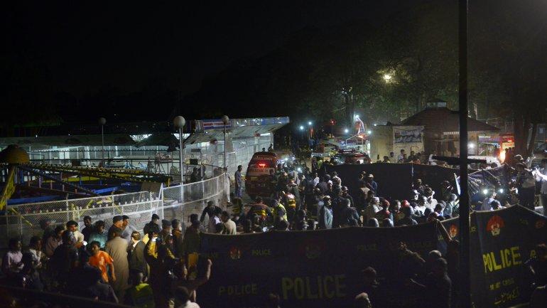 La deflagración se produjo en un aparcamiento cerca del parqueGulshan-e-Iqbal