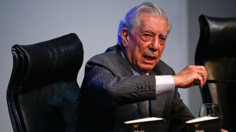 Mario Vargas Llosa festejará con una cena privada a la que acudirán 400 personas