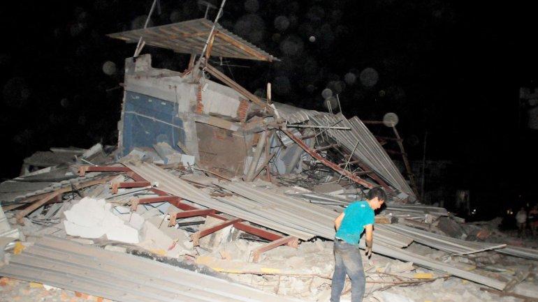 Los daños más graves del terremoto de 7,7 grados se registraron en Guayaquil