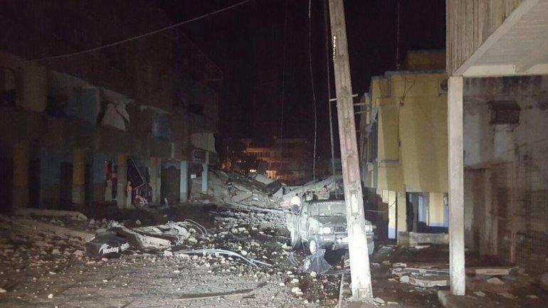 Las calles de Pedernales después del terremoto