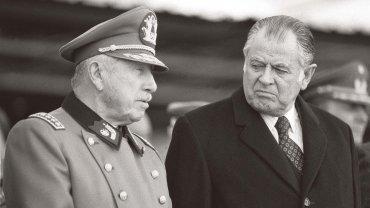Patricio Aylwin con el dictador Augusto Pinochet
