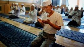 En China hay cientos de millones de musulmanes, cristianos y budistas, entre otras religiones