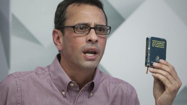 Henrique Capriles quiere que el referendo revocatorio contra Nicolás Maduro se apruebe sí o sí en 2016 para llamar a nuevas elecciones.