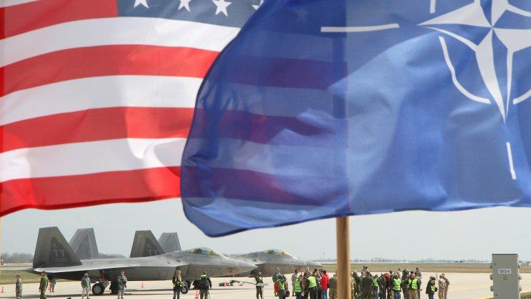 Estados Unidos es uno de los países más poderosos de la alianza militar OTAN AP