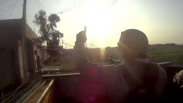 Combatientes de ISIS desde el campo de batalla