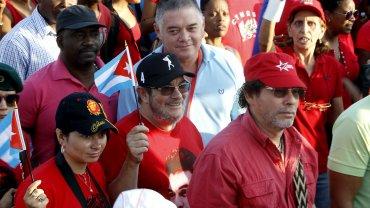 Timochenko, en medio de la multitud, en la celebración por el Día del Trabajador en La Habana