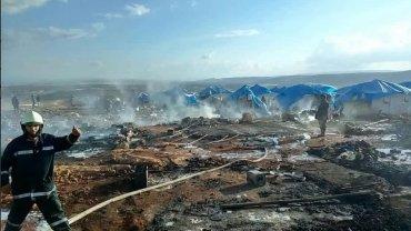 Al menos 28 personas murieron en un campo de desplazados en el norte de Siria