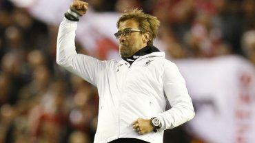 Liverpool venció 3-0 a Villarreal y jugará la final ante Sevilla