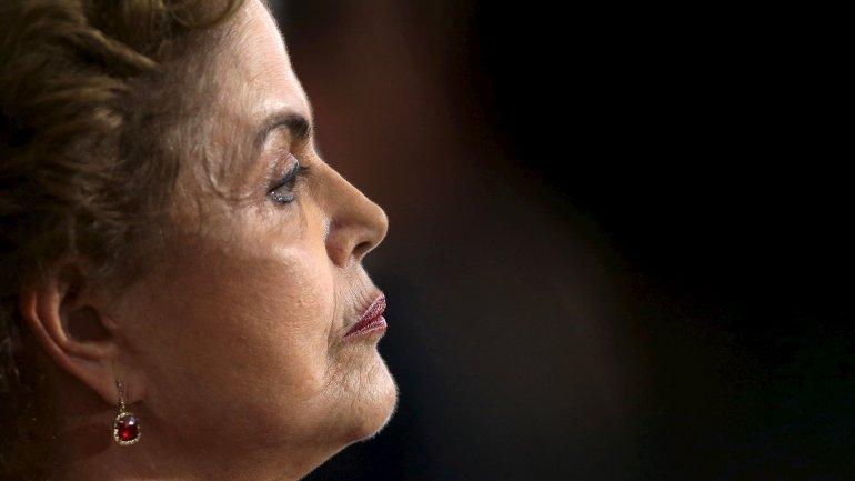 Chau Dilma! ahora sigue Maduro! Sudamérica al fin avanza
