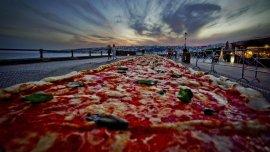 La pizza napolitana más larga del mundo tiene dos kilómetros