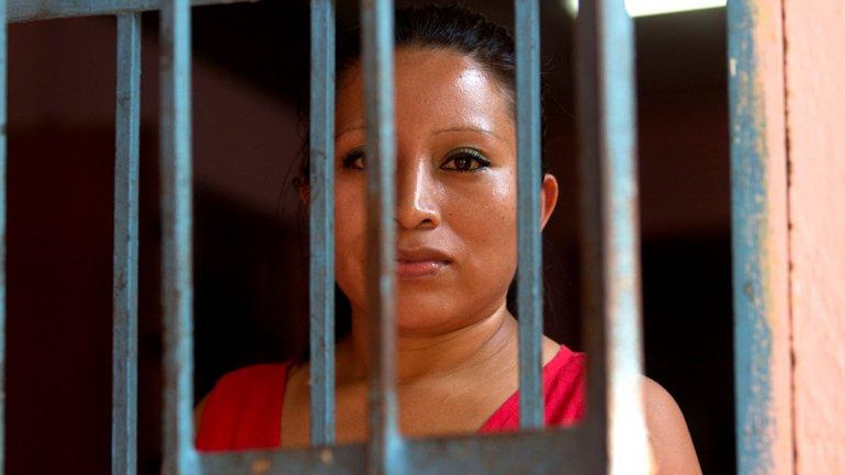 Teodora Vázquez enfrenta una condena de 30 años en El Salvador por un aborto espontáneo