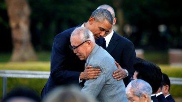 La imagen del abrazo entre Barack Obama yShigeaki Mori, sobreviviente de la bomba de Hiroshima, recorrió el mundo