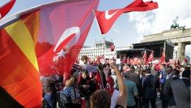 Ciudadanos turcos en Alemania protestan contra la resolución del Bundestag