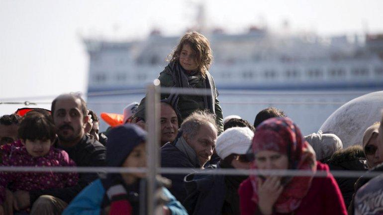 Los rescatistas aún buscan a más de 3 centenas de personas