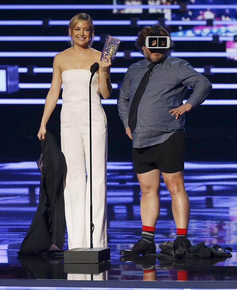 Jack Black y Kate Hudson en el escenario de los People Choice Awards
