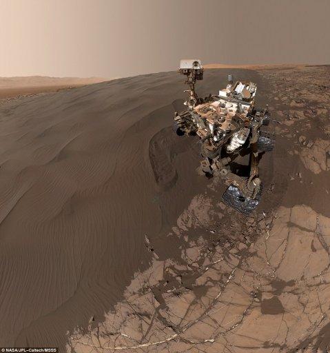 La sonda exploradora Curosity, en enero de 2016 en Marte