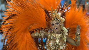 Setenta mil espectadores llenaron el sambódromo a pesar del temor por el virus del zika