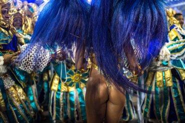 Bailarines de la escuela de samba Villa Isabel
