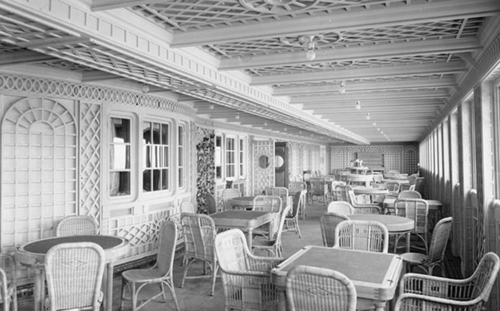 Café Parisien, tal como estaba en abril de 1912, antes de que el Titanic chocara contra un iceberg en el océano Atlántico
