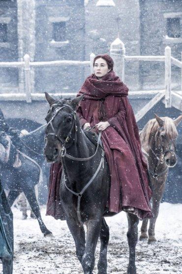 Melisandre volverá a aparecer en los nuevos capítulos. ¿Jugará algún papel en el futuro de Jon Nieve, como apuntan algunas teorías?