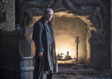 Balon Greyjoy vuelve a Juego de tronos tras varias temporadas ausente